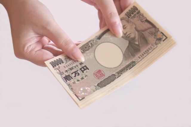 六本木と歌舞伎町のキャバクラでは平均給料はどう違う?